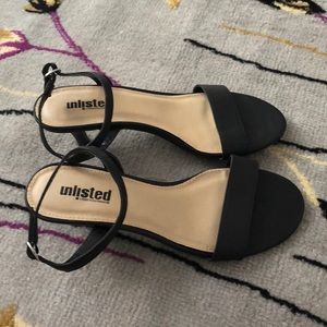 Unlisted Kenneth Cole heel